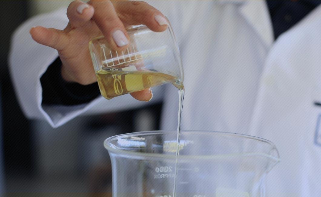 Conheça a importância e os procedimentos da manutenção preditiva em transformadores. Neste artigo o foco é a análise físico-química e de óleos isolantes.